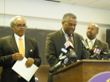 Philadelphia Housing Authority Board Gives Up Power To
