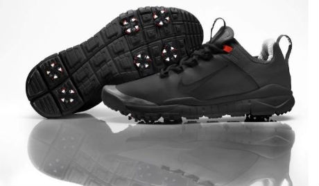 Tiger and his prototype Nike Free golf shoes Golf Digest