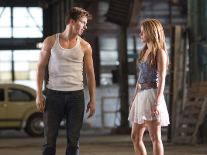 Movie Review Footloose Is Weak Do Over Of 1984 Version Cbs Philly