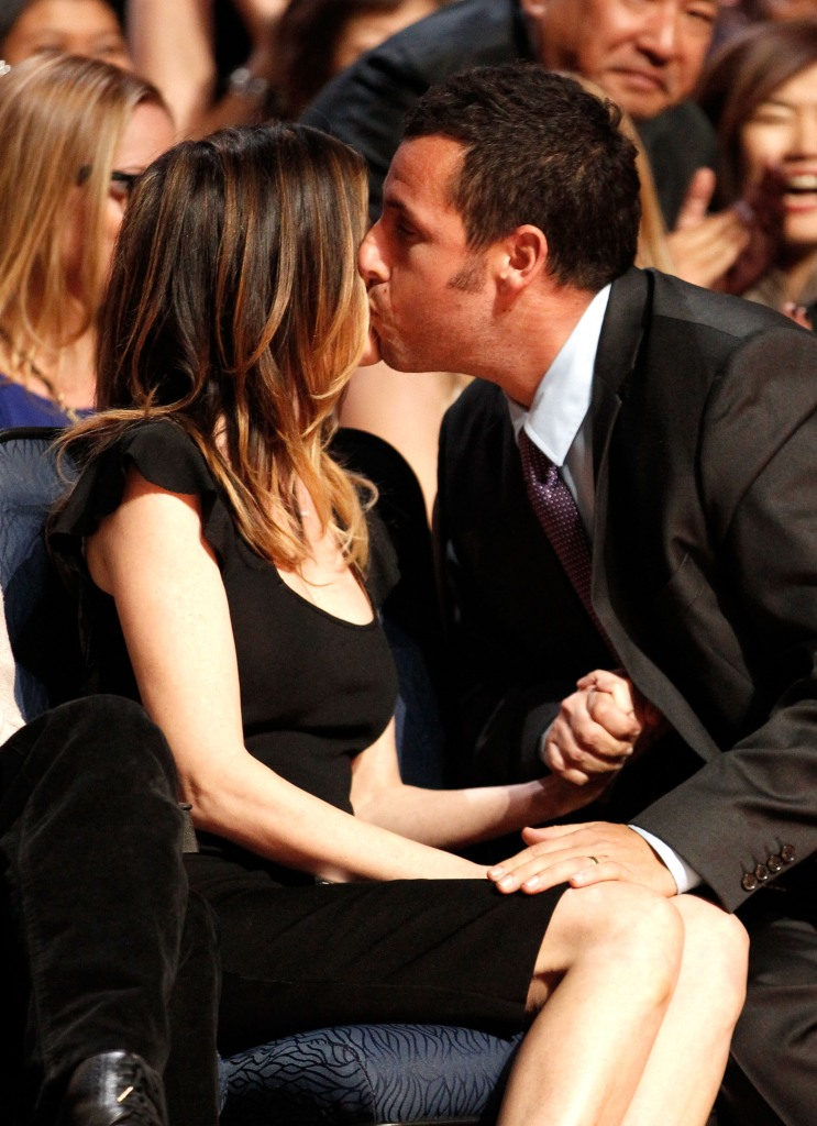 Celebrity Smooches – CBS Philly