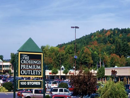 Top Outlet Shopping Near Philadelphia – CBS Philly