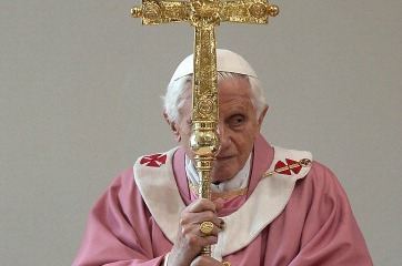 Pope Benedict (Photo credit FILIPPO MONTEFORTE/AFP/Getty Images)