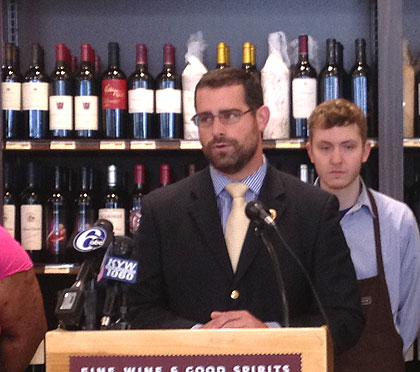 (Pa. state rep Brian Sims speaks at the opening of a new state liquor store in center city Philadelphia.  Credit: John McDevitt)