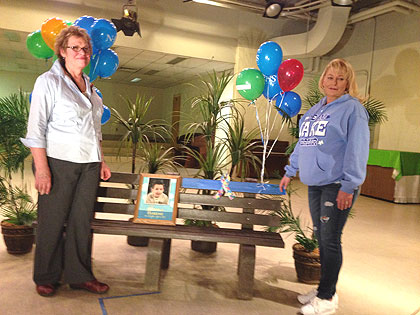 (Teacher Dorothy Eichler, left, and parent Jessica Harkins.  Photo by Steve Tawa)