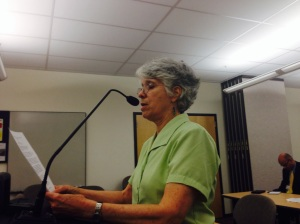 Sue Edward, a retired teacher from Swarthmore, testifies Wednesday before a DEP hearing in Norristown. (credit: Mark Abrams/KYW)
