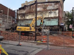 A prime lot will soon be ready to build at 3rd and Market. (credit: Pat Loeb)