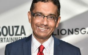 Dinesh D'Souza (Photo by Alberto E. Rodriguez/Getty Images)