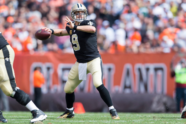 CLEVELAND, OH - SEPTEMBER 14: Quarterback Drew Brees #9 of the New Orleans Saints passes during the game against the Cleveland Browns at FirstEnergy Stadium on September 14, 2014 in Cleveland, Ohio.  (Photo by Jason Miller/Getty Images)