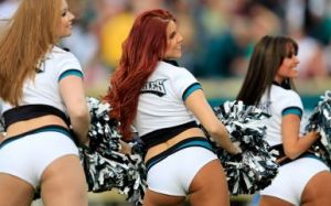 Eagles Cheerleaders Photo by Rob Carr/Getty Images)