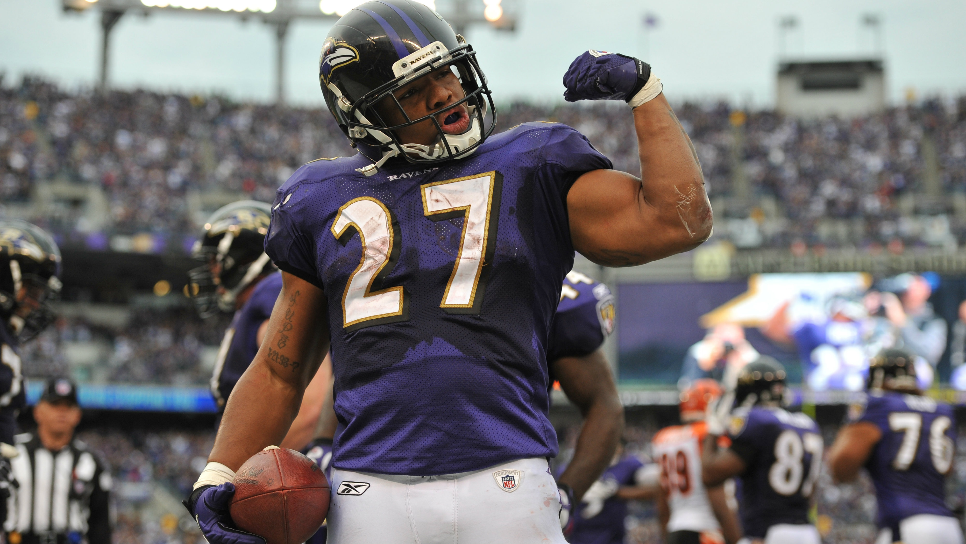 Ray Rice Reportedly Removed From Madden, Jersey Exchanges Offered ...
