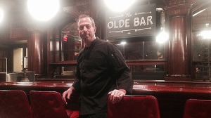 (Mike Siegel at Olde Bar, in the former Old Original Bookbinder's, at 2nd and Walnut  Streets.  Photo by Hadas Kuznits)