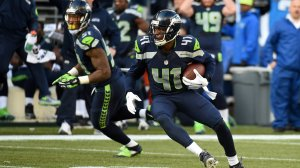 SEATTLE, WA - NOVEMBER 23: Byron Maxwell #41 of the Seattle Seahawks intercepts a pass thrown by Drew Stanton #5 of the Arizona Cardinals during their game at CenturyLink Field on November 23, 2014 in Seattle, Washington. (Photo by Steve Dykes/Getty Images)