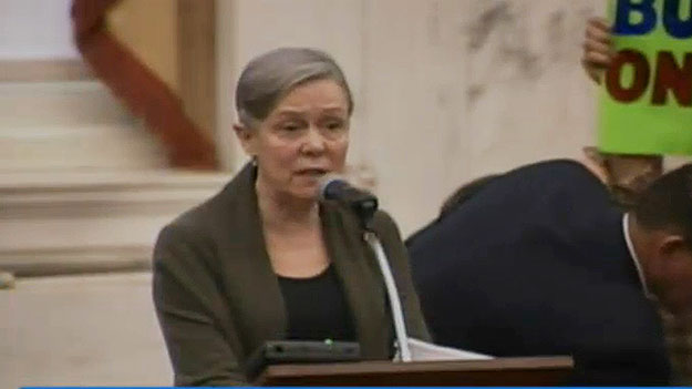 (Kiki Bolender speaks to City Council prior to the vote. Image from City of Phila. TV)