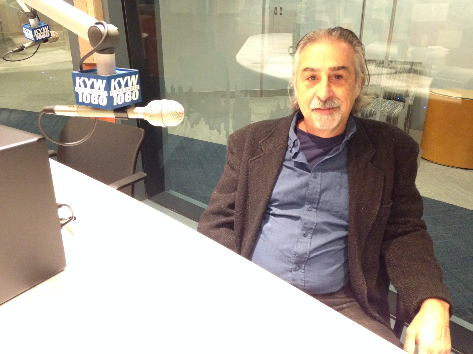 Joe Canuso, artistic director at Exile Theatre and director of 'Rizzo.' (credit: Cherri Gregg/KYW)