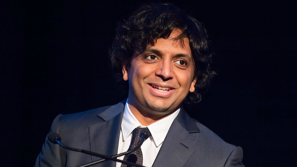 M  Night Shyamalan Is Attending Sixers Opener With Connor