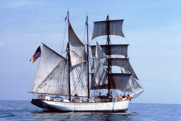 Getaway Guide To Wooden Ships And Iron Men Cbs Philly