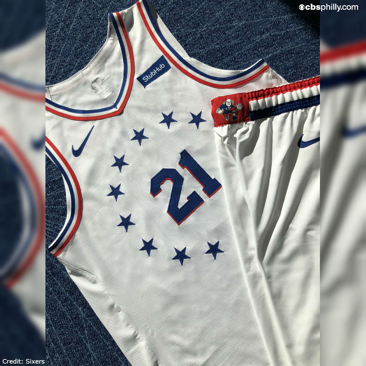 sixers christmas jersey