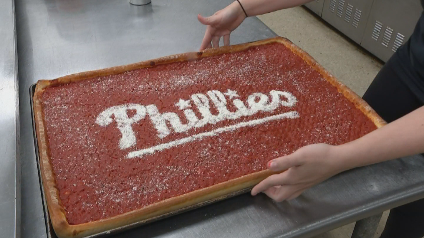 Norristown Gives Us Taste Of Tradition With Town Famous Tomato Pies Cbs Philly