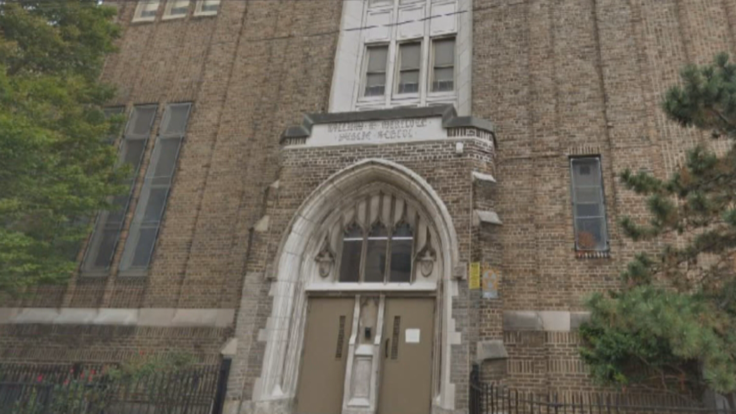 Philadelphia Teachers' Union Calls For Asbestos Cleanup In All City Schools After Teacher Diagnosed With Cancer