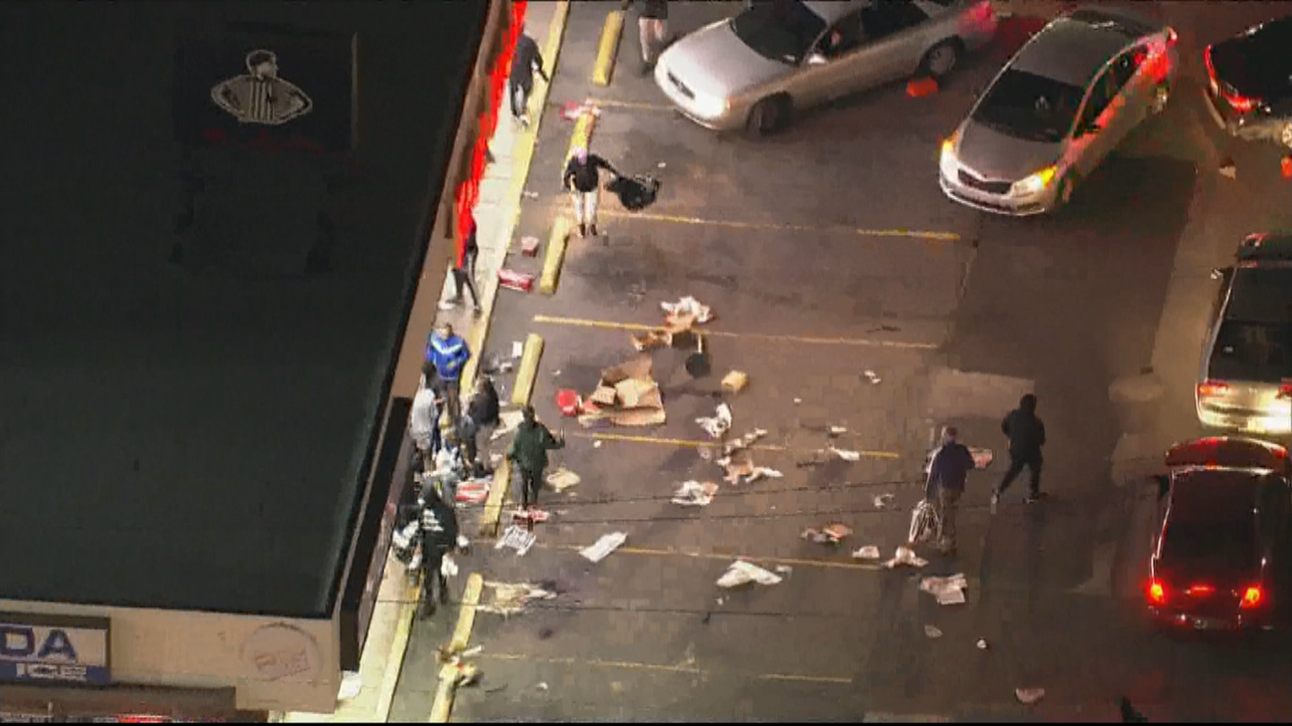 'A Total Loss': Looting Continues For 2nd Night In Philadelphia Following Fatal Police Shooting Of Walter Wallace Jr.cb – CBS Philly
