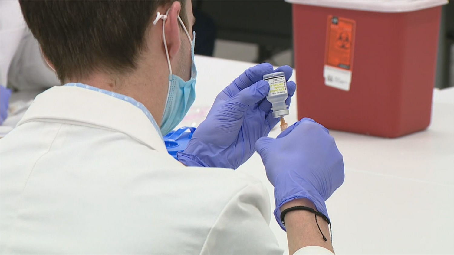 Pennsylvania Facing Shortage Of Moderna COVID-19 Vaccine Shots After Providers Mistakenly Use 2nd Doses As 1st Doses - CBS Philly