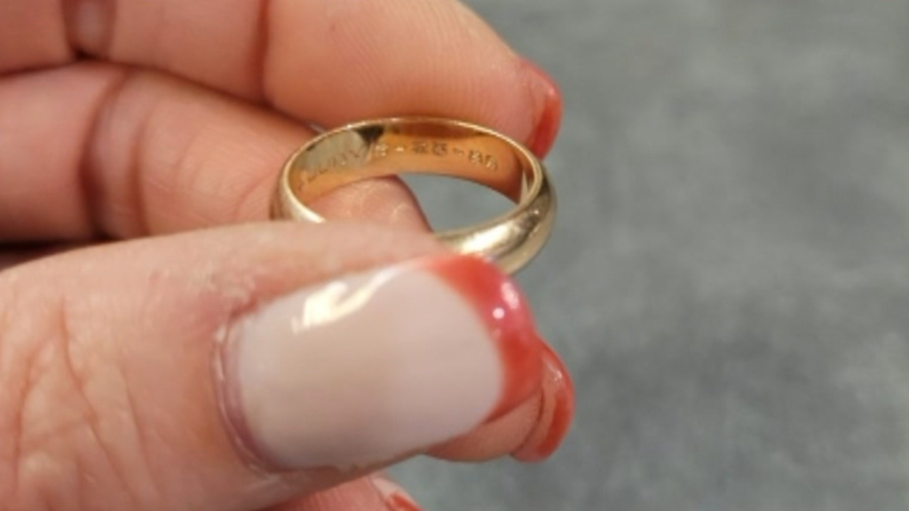 CBS3 Viewing Looking For Owner Of Wedding Band Found At Broad And Green Streets